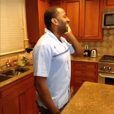I hate when Im forced to speak to relatives w DeStorm Power