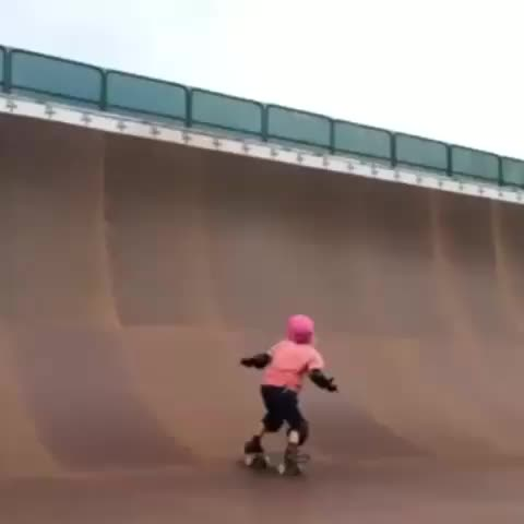 """watch skateboarding's vine """"9year old girl her first 540"""