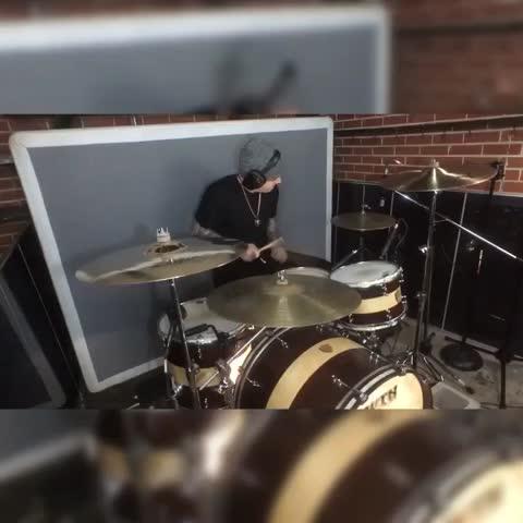 Beautiful Broken & Wasted - Steve Aoki, WatchTheDuck, OHMY, CAKEDUP (LIVE DRUM EDIT) Dim Mak Records