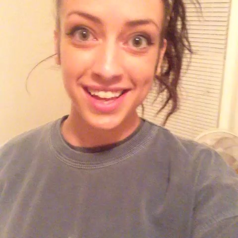 Overly Attached Girlfriend tries the rap game. (I'm so sorry internet) #joke #OverlyAttachedGF #RatchetGirlRaps #crazy vine