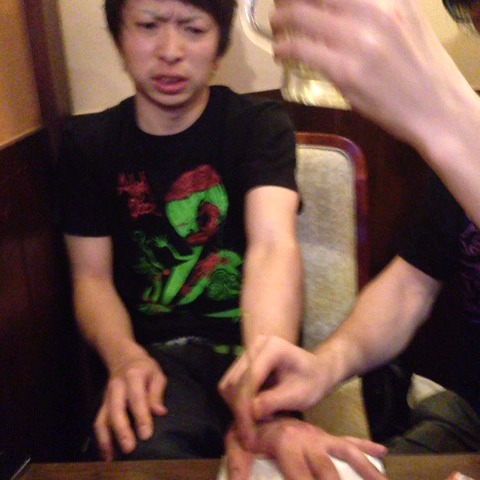 Vine clips for tag 腹切万歳 — ...