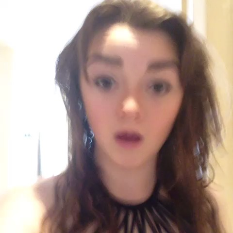 Maisie Williams Dance Gif Posted by: maisie williams