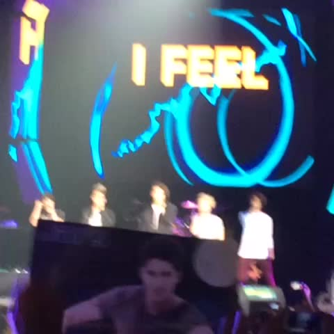 Image of onedirection, cd9 from Vine