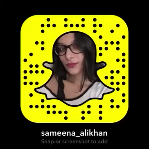 here's my snap if anyone cares to add me or whatevs. 😝 #snapchat #idontwantvinetoend
