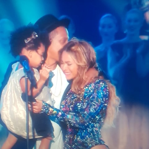 Beyoncé's VMAs Performance Brought The Whole Carter Family Together