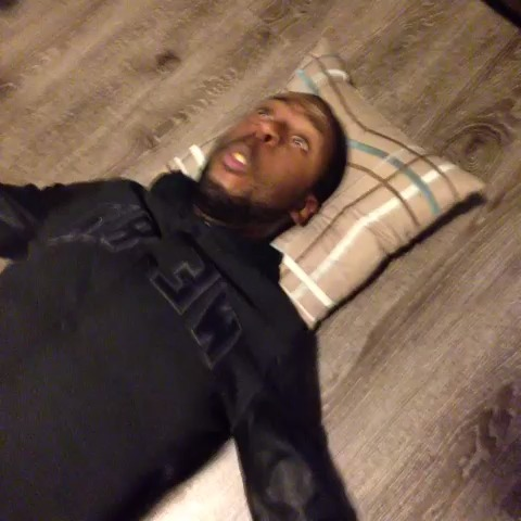 How thugs give CPR. w/ Splack, DeStorm #LiveToDieAnotherDay #KingBach vine
