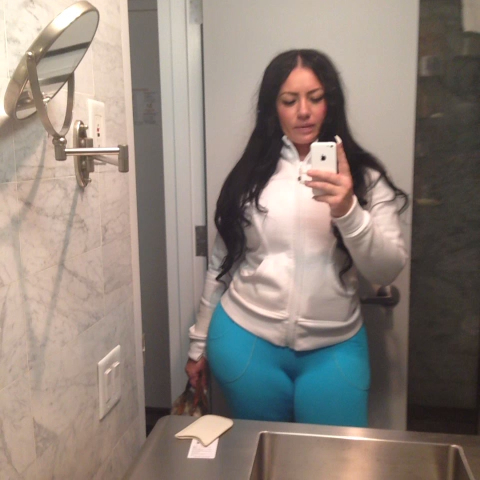 vine from Elke The Stallion