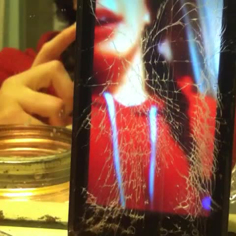 More meteocre music ft my cracked as heck screen😅💙 #music #Vineception #candle #mirrors #vinemagic #smoke #maybe #cover #vinemagic #love