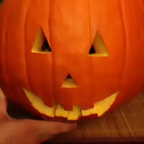Everyone Celebrates Halloween Differently  vine