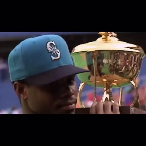 Ken Griffey Jr.'s swing is beautiful
