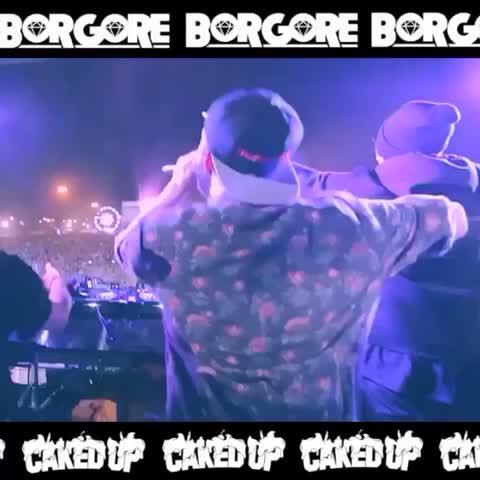 Merry lit-mas! Borgore x CAKEDUP -tomahawk (FREE DOWNLOAD!) up now at http://buygore.com/tomahawk/ #twerk #trap #borgore #cakedup