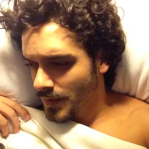 Mais um dia de merda. Será? #bestevinesbr #vinesptbr #CTvine #TheBestVines #MelhoresRevines #vinebrasil #marcelocavalcanti Mateus Solano Video Thumnbail