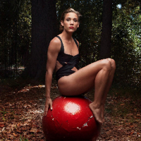 profile - Lolo Jones