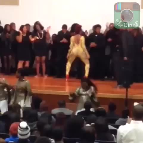 HipHopViness post on Vine - Whole church goin to hell... #hhvlife - HipHopViness post on Vine