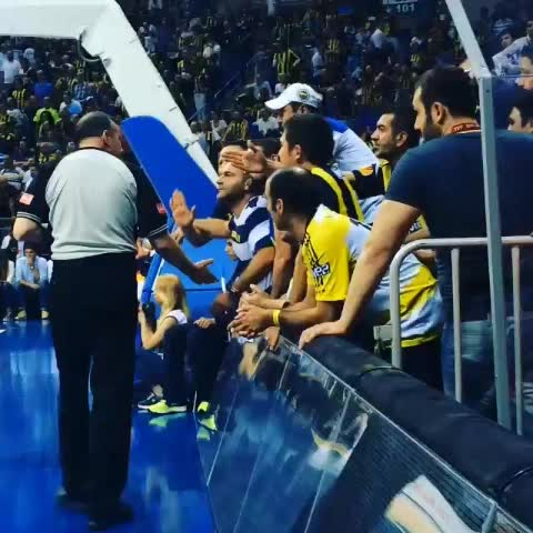 Vine by Galatasaray Basket - Geçen yıl final serisinde Engin Kenerman!