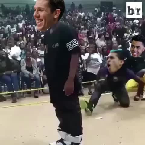 Vine by Bleacher Report - Luke Walton heading back to LA like...