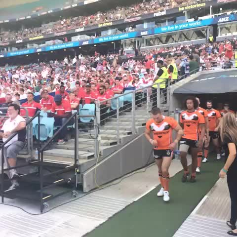 Wests Tigerss post on Vine - Boys coming out for second half. RT if you think we can come back! #nrlsgiwst - Wests Tigerss post on Vine