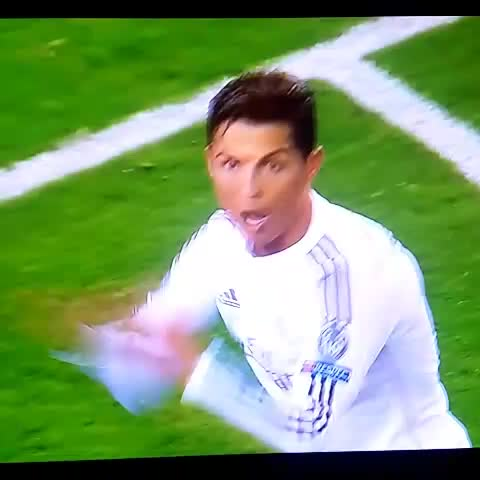"Imrans post on Vine - @Cristiano LOOOL I SWEAR"" - Imrans post on Vine"
