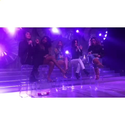 Vine by Dems - LOOK HOW CUTE LAURENS REACTION IS