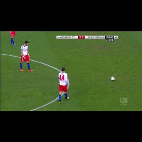 Vine by SOCCER TURKEY - Hakan Çalhanoğlu 👏👏👏👌 #football #supergoal #bravo #turkey #turkiye #VineTurkiyeOffical
