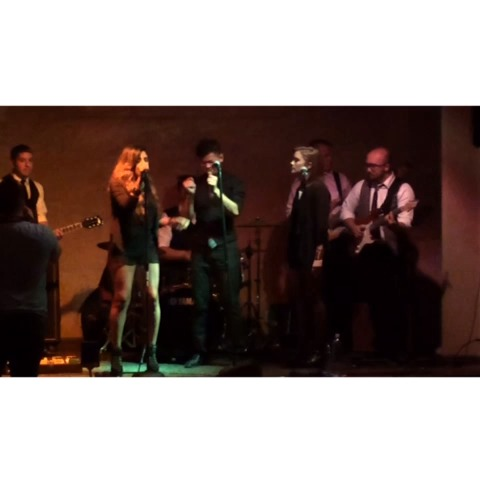 "I absolutely LOVE performing ""The Way"" by Ariana Grande ❤️???? #theway #live #performance #band #singer #cover #revine #follow - Melanie Pfirrmans post on Vine"