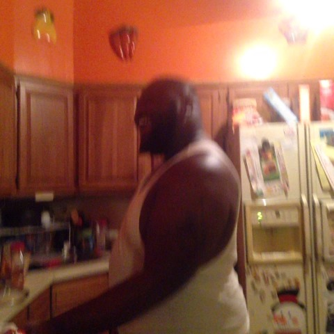 Lamar Batess post on Vine - When you having a girls night and you cooking for ya bitches Ctfu #GhettoGirls - Lamar Batess post on Vine