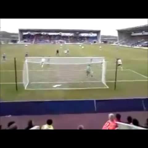 HUFC Viness post on Vine - Gary Hooper heads home away vs Shrewsbury Town to send the travelling army wild. 2008 - HUFC Viness post on Vine