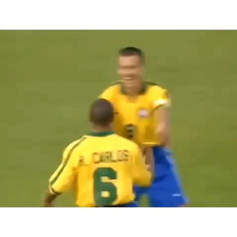 KB Sportss post on Vine - Roberto Carlos BEST FREE Kick I ever seen - GAMETIMEs post on Vine