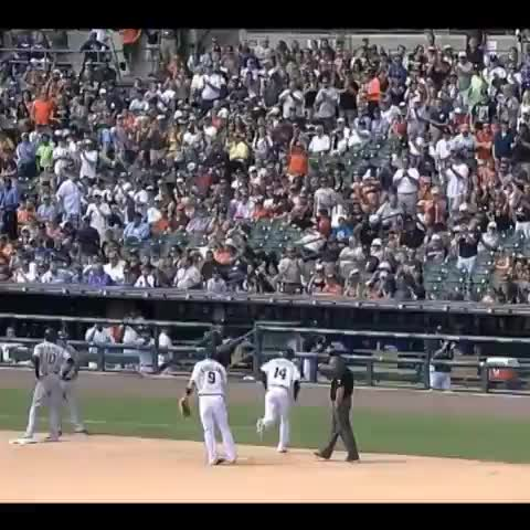 #Tigers fans say goodbye to Austin Jackson at the trade deadline. - Marc Normandins post on Vine