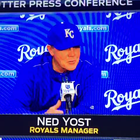 """Vine by #KCMagicNumber - """"Dont worry about it son, nobody else on this team knows the signs either.""""  #Yosted"""