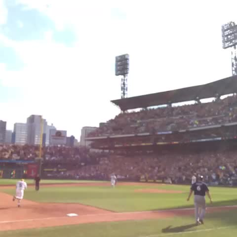#RAISEIT UP NOW! Your Bucs are a 1-0 winner! - Piratess post on Vine