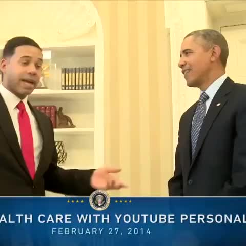 Presidential Showdown! Alphacat meets President Barack Obama! #Alphacat #BarackObama for more video visit Youtube.com/WhiteHouse - Alphacats post on Vine