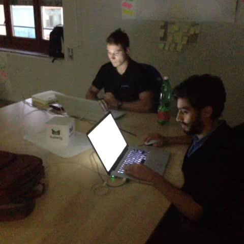Antonio Musumecis post on Vine - #Halloween al #WCap. Quanto siamo nerd! #Startup - Antonio Musumecis post on Vine