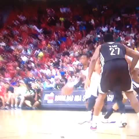 More of the McLemore dunk because this is America #kubball - Aint No Seatss post on Vine
