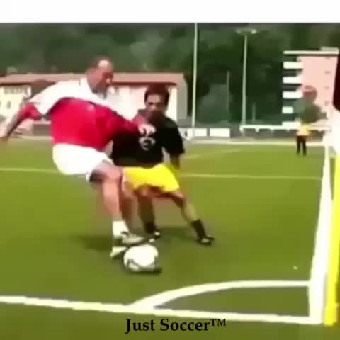 Just Soccers post on Vine - Is this even legal?? 😂 tag a friend that would try this! #cornerflag #nutmeg #soccer - Just Soccers post on Vine