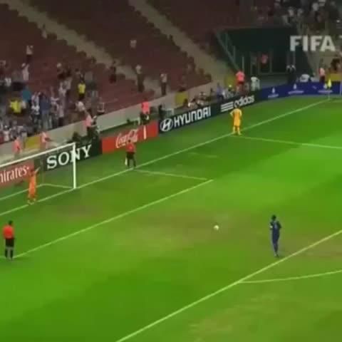 Football Tweetss post on Vine - Vine by Football Tweets - Pogba!