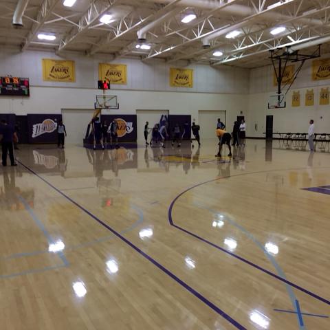 Kobe Bryant in Nike Kobe 8