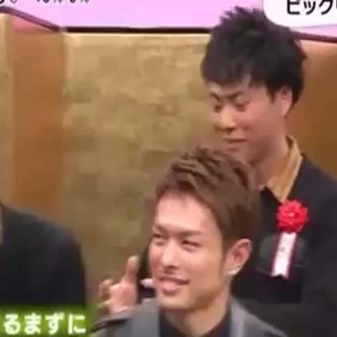 【LDH】三代目JSB垢 TAKUMI☆s post on Vine - 直己さん後ろで爆笑しすぎ(爆笑)【小林直己】 - 【LDH】三代目JSB垢 TAKUMI☆s post on Vine