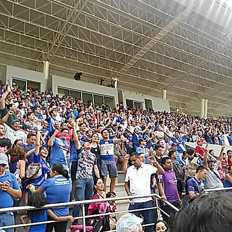 Vine by Prensa Sport Radio - Así celebró la hinchada emelecista luego de la victoria ante #RiverEcuador hoy en Chucho Benítez.  AS