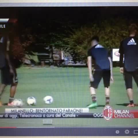 Footballfunny JAPANs post on Vine - Footballfunny JAPANs post on Vine - Footballfunny JAPANs post on Vine