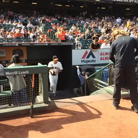 Jake Peavy | #ATTPark debut | #BeatLA | #SFGiants - San Francisco Giantss post on Vine
