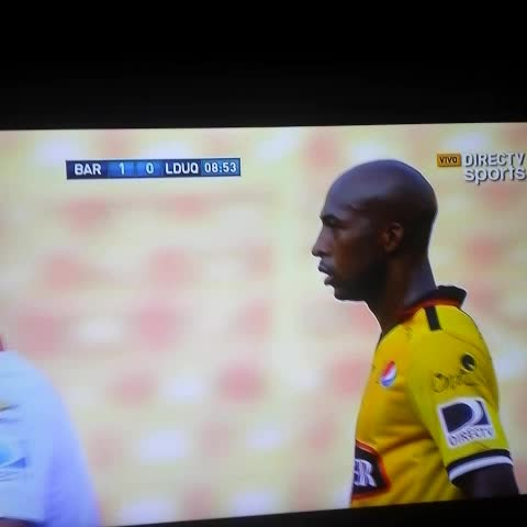 Julio Cesar Rendon Palominos post on Vine - El horizontal salva a los albos. #BarcelonaSC 1-0 #LDUQuito - Julio Cesar Rendon Palominos post on Vine