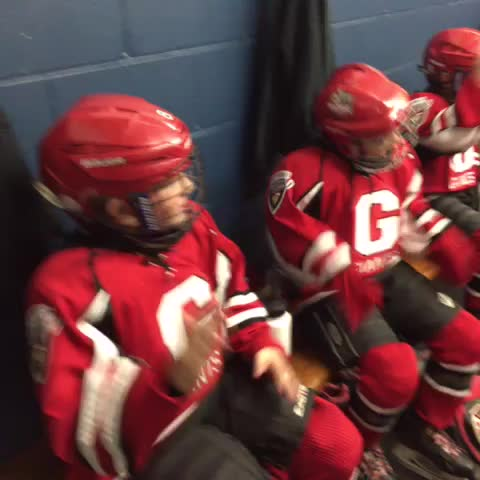 Vine by NSWC Hockey - The 07 Giants are ready to roll!