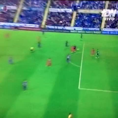 William Alfaros post on Vine - #Messi pone el 5-0 después del error de Jesús - William Alfaros post on Vine