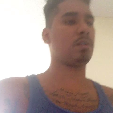 Felix Miranda Jr.s post on Vine - Why do Spanish music always gotta fuck around? Switching from slow to fast as fuck at the same freaking time. #october #heartbreaker - Felix Miranda Jr.s post on Vine