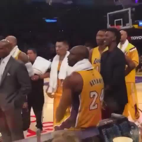 "Basketball Forevers post on Vine - EXCLUSIVE Courtside video of Kobe calling Dwight Howard a ""Soft Motherf*cker!"" - Basketball Forevers post on Vine"