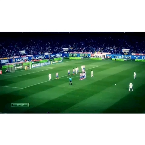 Soccer Goalss post on Vine - Vine by Soccer Goals - Cristiano Ronaldo amazing freekick goal