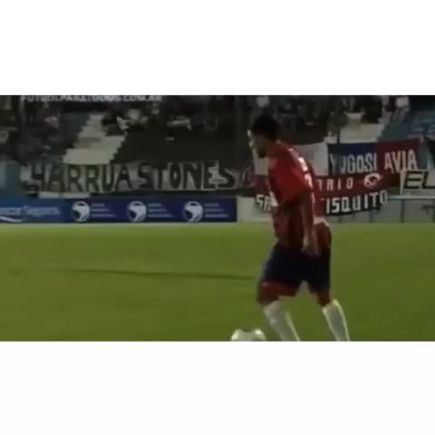 Soccer Kingdoms post on Vine - What A Sick NutMeg #SoccerKingdom - Soccer Kingdoms post on Vine