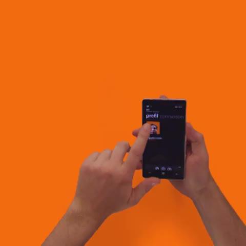 Microsoft Frances post on Vine - Ne ratez rien de lactu de vos amis avec le Hub Contact ! #Lumia930 - Microsoft Frances post on Vine