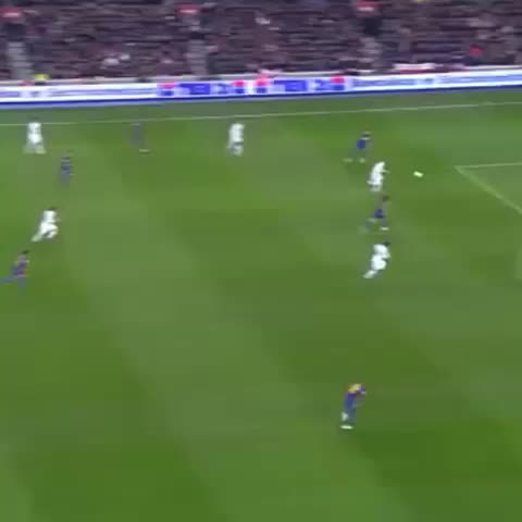 "BEASTSOCCER™s post on Vine - Vine by BEASTSOCCER™ - Benzema great goal against Barca (Puyol ""bruh"") #Beastsoccer #bruh #goal"